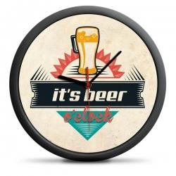 Nástenné hodiny s motívom piva