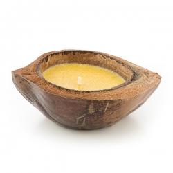 Sviečka v kokosovom orechu