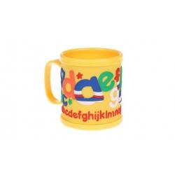 Hrnek dětský plastový (žlutý abeceda)