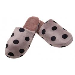 Pantofle zateplené hnědé s puntíky vel.44/45
